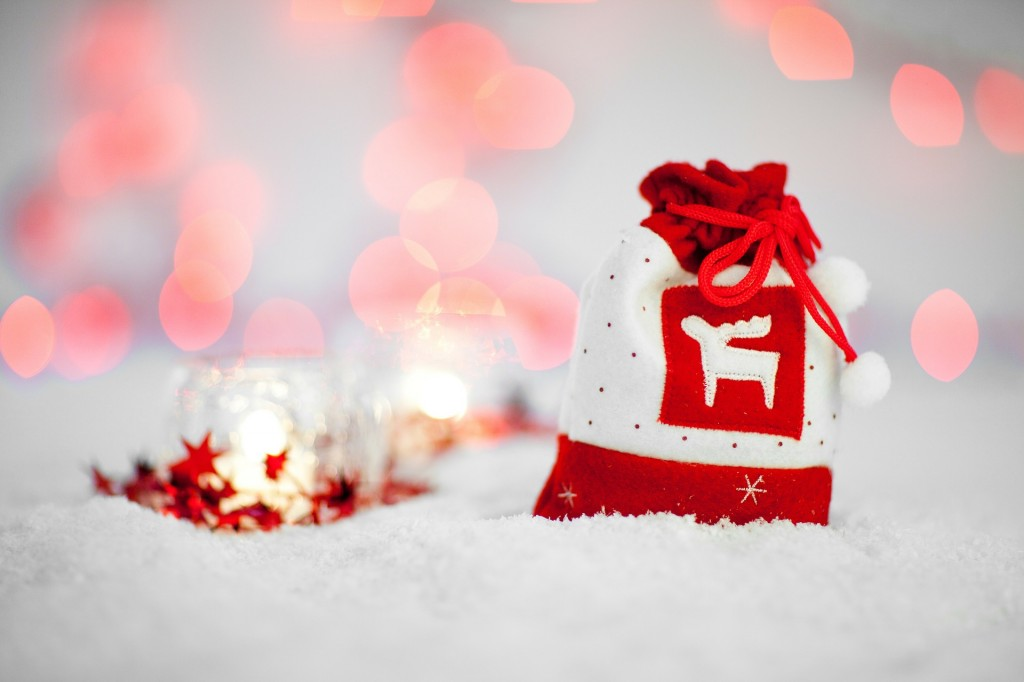 Holidays Snow Red Bag