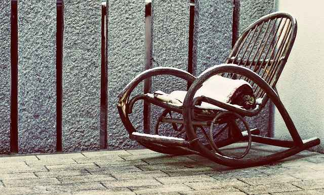 rocking-chair-604136_640