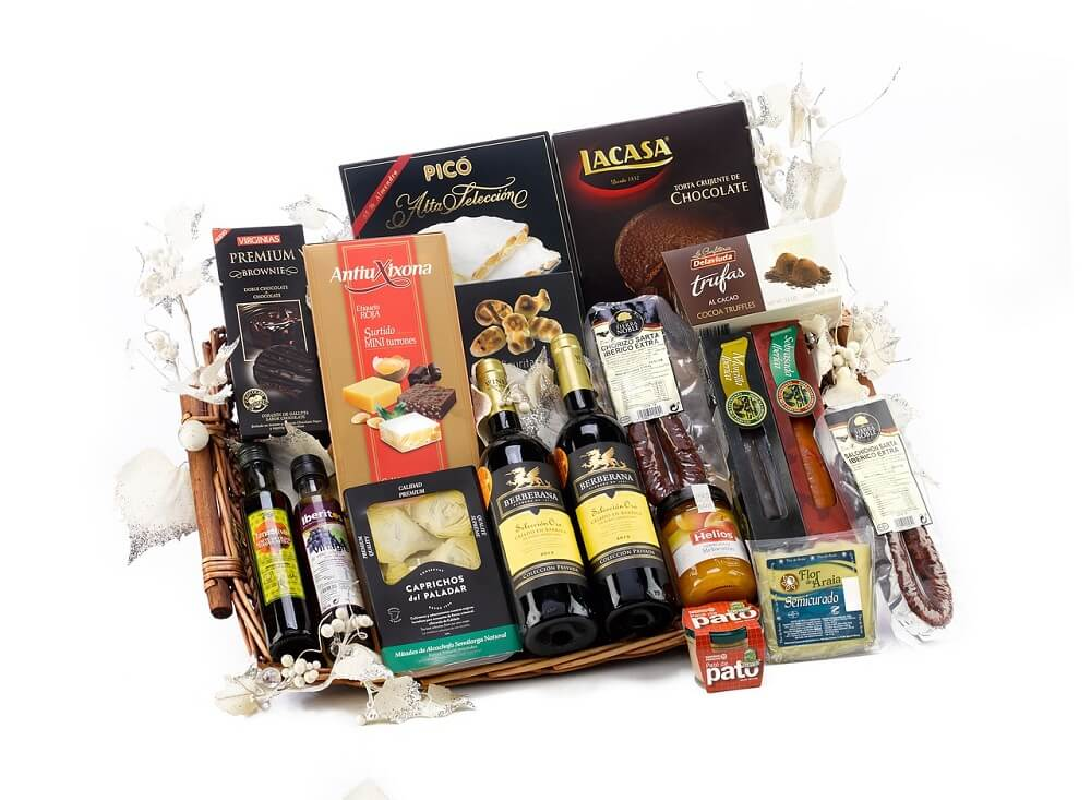 Corporate Christmas Gifts.Corporate Christmas Gifts That Lifts The Festival Spirits