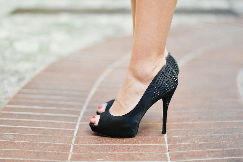 wear-heels-to-work
