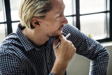 efficienctly-discipline-employee-at-work