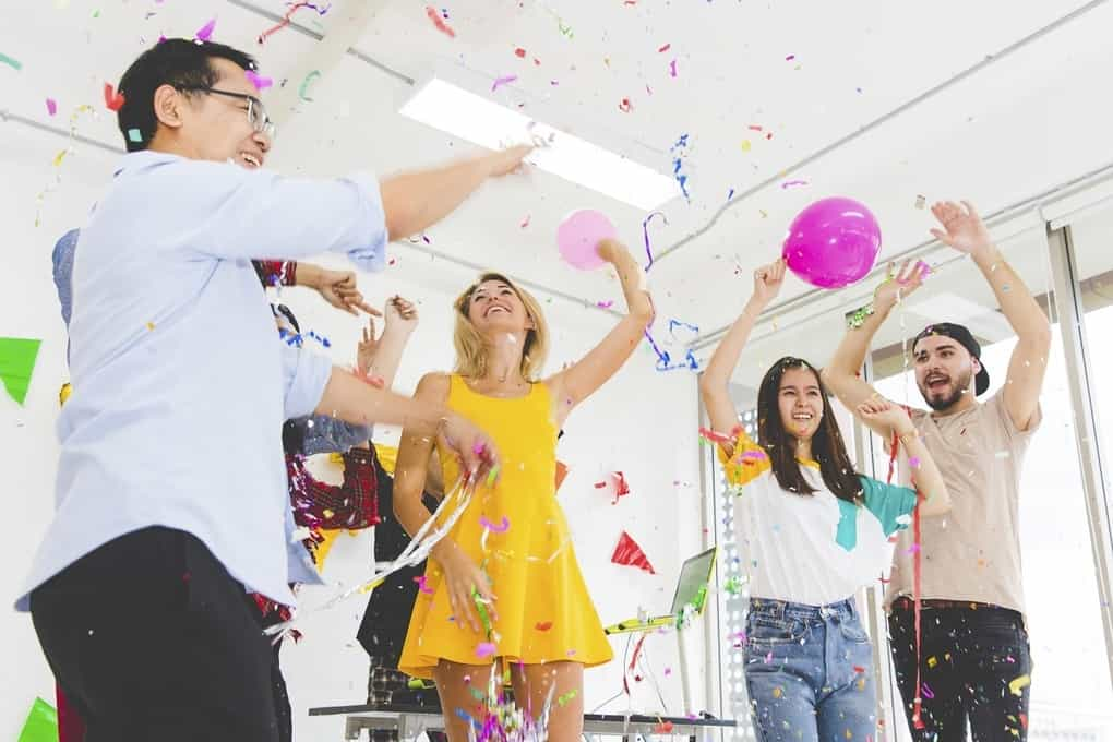 Fun Friday Ideas For Office from www.thehrdigest.com