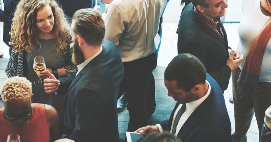 how-to-network-like-a-pro-introvert-successful-networking
