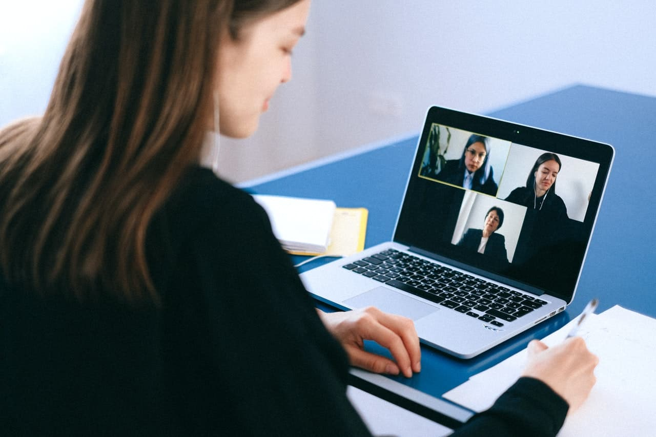 Video conferencing tips for interview